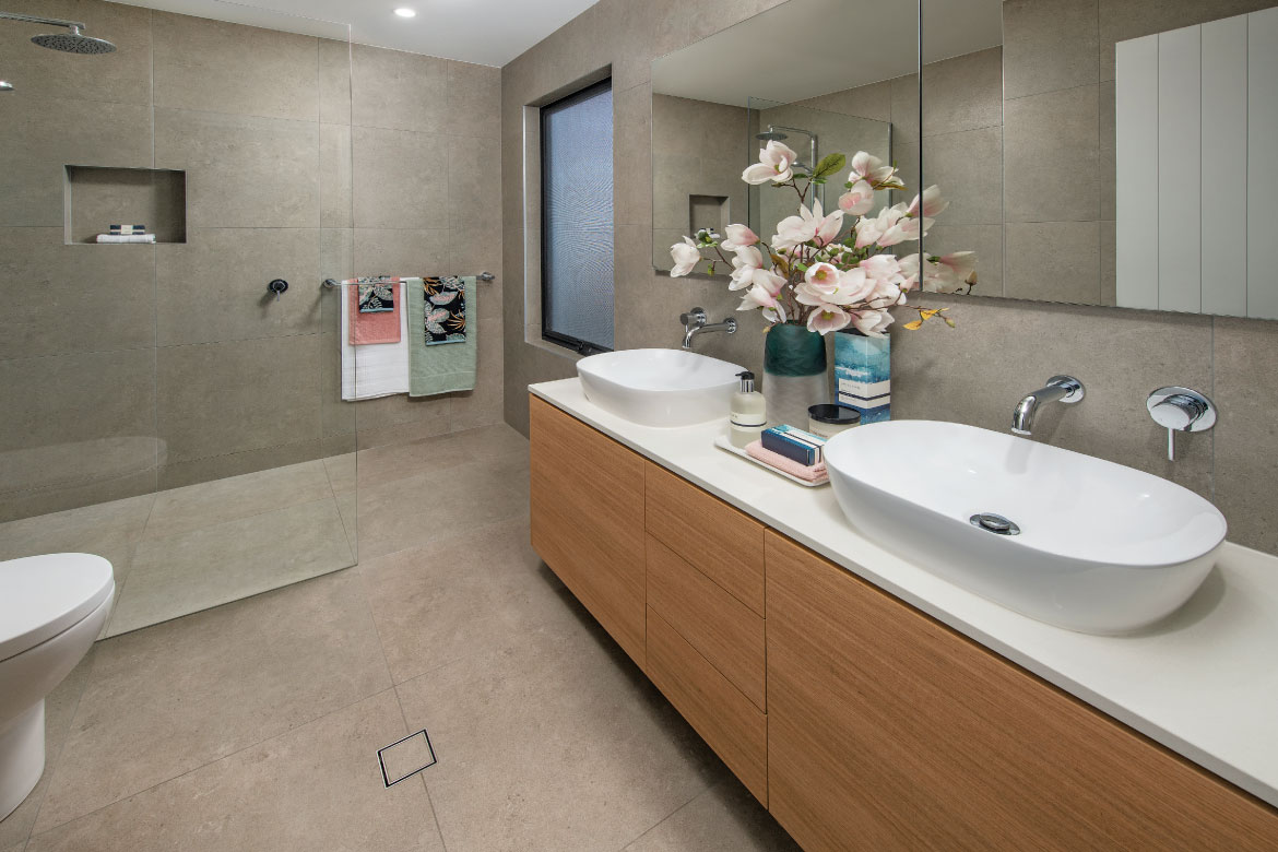 436-Prize-Home-Lottery-Master-Ensuite
