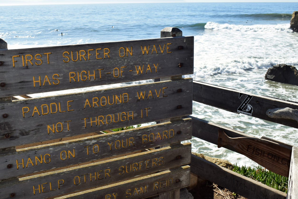 basic rules of surfing